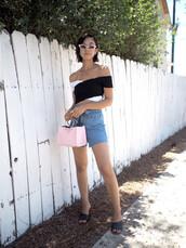 top,shorts,bag,denim,denim shorts,crop tops,black and white,pink bag