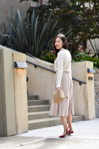 skirt midi skirt pleated skirt sweater flats boxed bag blogger blogger style