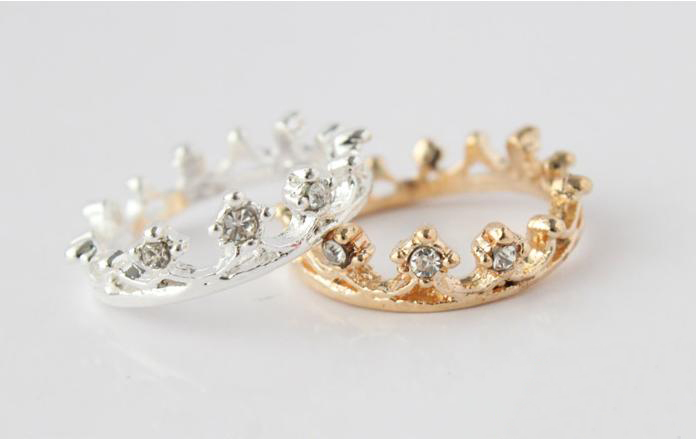 Min.Order $5 (can mix) 2013 New Fashion Jewelry Wholesale Rhinestone Studded Crown Finger Ring  Free Shipping-in Rings from Jewelry on Aliexpress.com