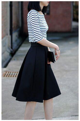 skirt striped top black purse black midi skirt