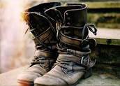 brown,brown shoes,boots,shoes,leatherboots leather brown,leather,buckles,combat boots,vintage boots,vintage