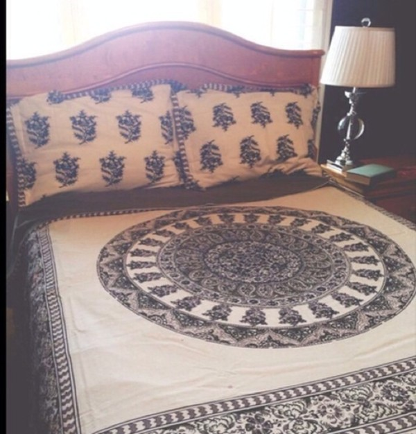 scarf bedding bohemian bedding quilt pattern hippie bedding bedroom