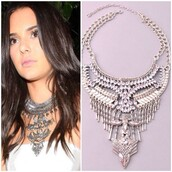 jewels,jewel cult,jewelry,kendall jenner jewelry,necklace,statement necklace,silver,silver necklace,silver jewelry,statement,model off-duty
