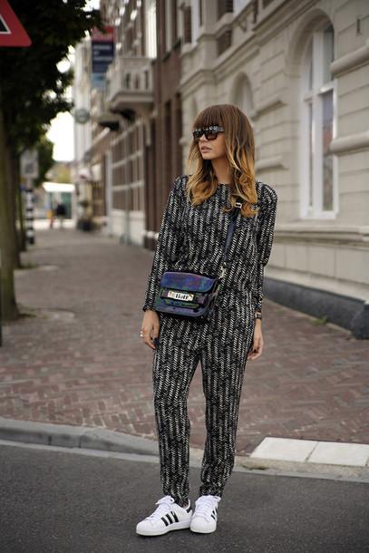 fashion zen blogger top sunglasses bag jewels pants shoes