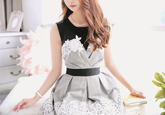 dress cute dress flowers flower lace white lace white flower lace grey white black black dress grey dress white dress cute girl kfashion koreanfashion fashion lace dress with lace dress with white lace belt black belt dress with belt dress with black belt flower pattern korean fashion
