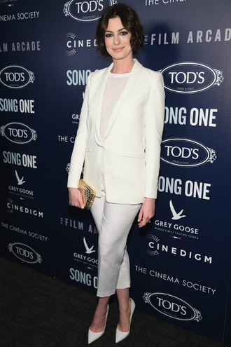 blazer anne hathaway pumps cropped pants jacket