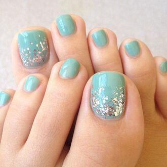 nail polish silver pastel green california girl beauty glitter