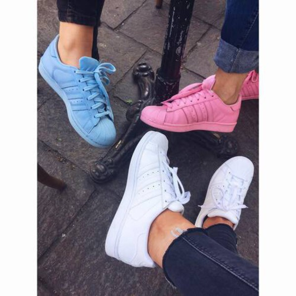 Shoes: pastel, summer, adidas shoes, pink, blue, white, sporty, adidas,  adidas superstars, adidas supercolor - Wheretoget