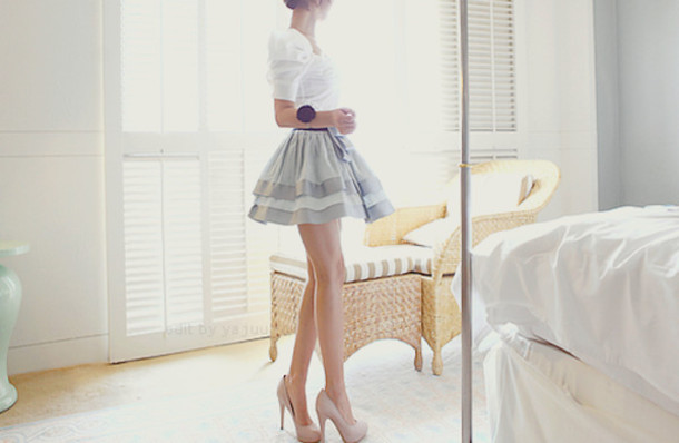 skirt shoes blouse white blouse clothes grey cute bow gray and white flare beige skirt nude skirt white and tan tiered skirt striped skirt flare skirt beautiful beautiful shoes dress top grey skirt girly dress cute dress tan