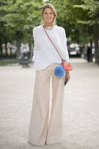 pants white and beige outfit white and beige beige pants wide-leg pants sweater white sweater bag accessoires fur keychain bag mini bag orange bag