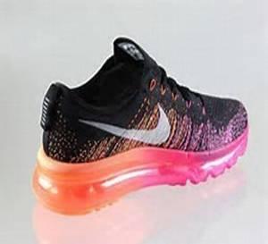 4efeae36368 Amazon.com  Women s Nike Flyknit Air Max Running Shoes - Black ...