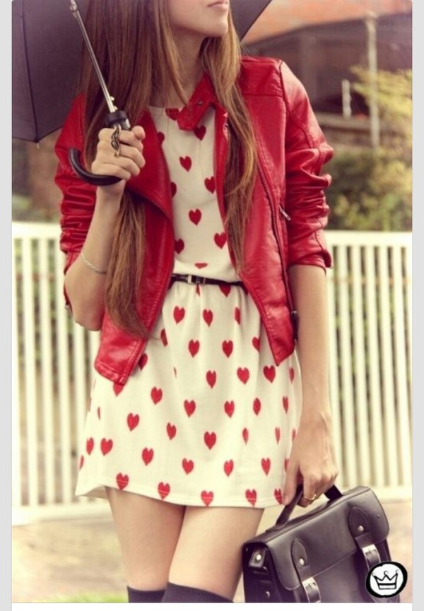 jacket girl leather jacket red clothes bag dress leather red hearts white dress dress with red hearts red jacket black purse coat