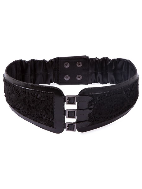 belt lace black