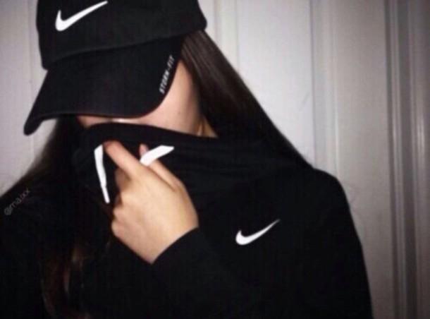 nike team club hoodie