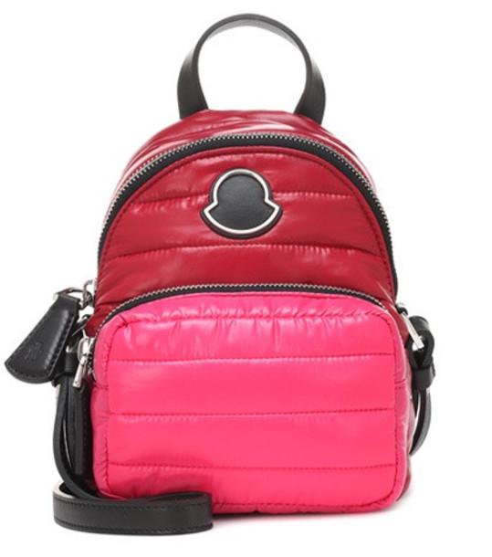 Moncler Leather-trimmed shoulder bag in red