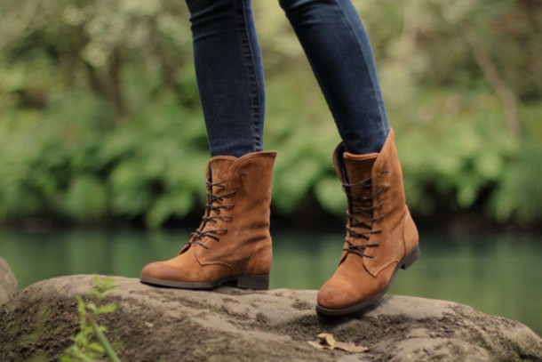 shoes boots lace up camel camel shoes camel boots jeans denim bottoms nature combatboots fall outfits brown boots