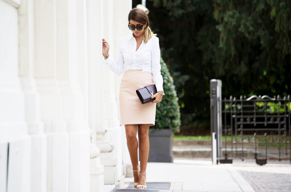 scent of obsession blogger skirt shoes bag sunglasses jewels