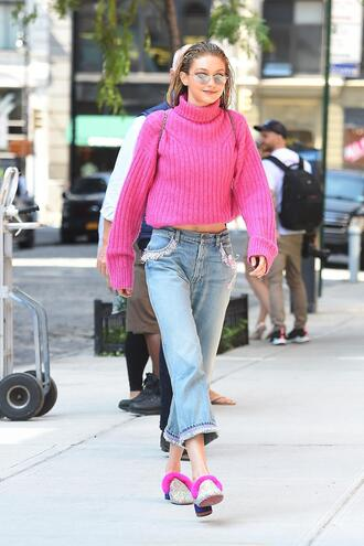 sweater pink shoes gigi hadid model off-duty jeans streetstyle nyfw 2017 ny fashion week 2017