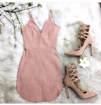 dress pink black dress white short heels shoes high heels snake print pumps criss cross strappy bodycon dress peach peach dress light pink light pink dress deep v deep v dress