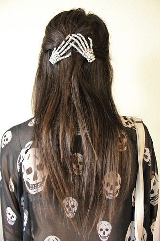 hair accessory skeleton hands bones hair clip clips zombie