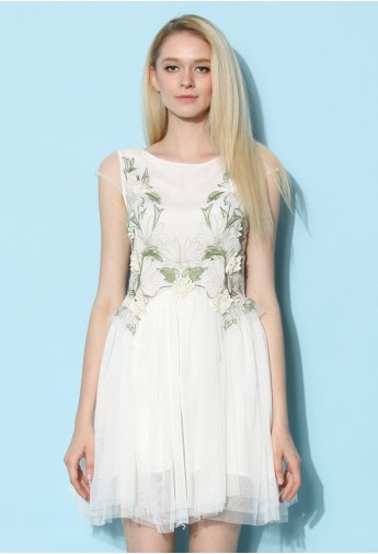 Orchid Embroidered Fairy Tulle Dress in White - Retro, Indie and Unique Fashion