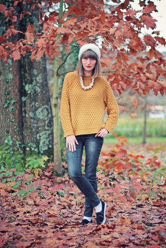 summer crush blogger jeans mustard knitted sweater vans necklace sweater jewels shoes mustard sweater