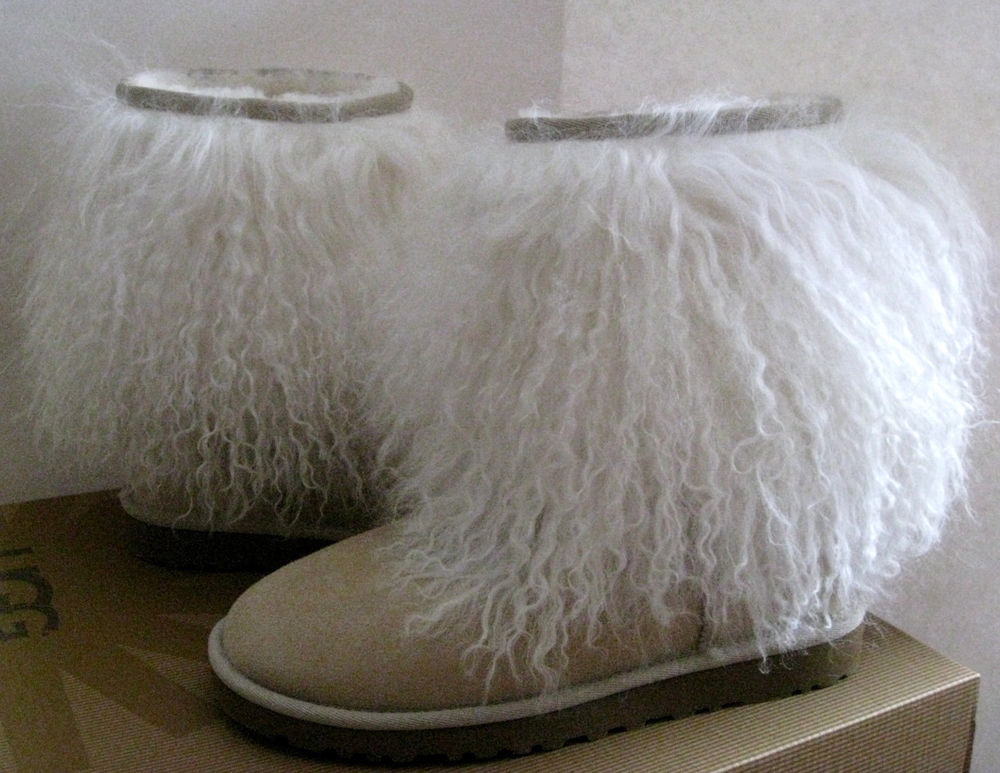 UGG SHEEPSKIN CUFF BOOTS MONGOLIAN SHEARLING FURRY FUR SAND 6US/4.5UK New