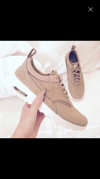 shoes nike shoes beige