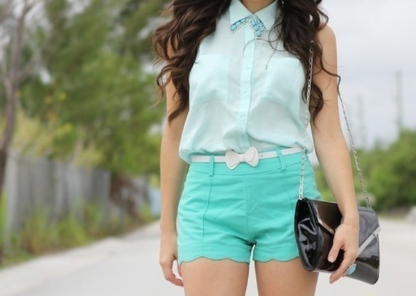 shorts blue green bow belt shirt mint shorts bow shorts white top collar teal light blue turquoise sleeveless blouse outfit girly girly outfits tumblr tumblr shorts green bag shirt belt pretty blue everything pretty cute pastel casual light green armless white pastel blue