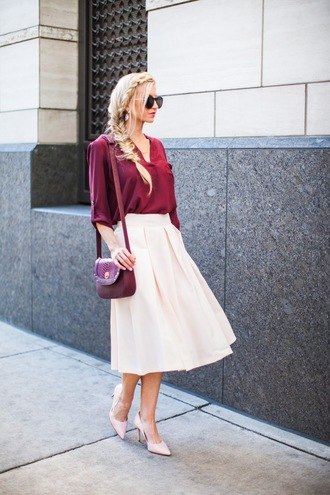 elle apparel blogger top skirt shoes bag sunglasses jewels