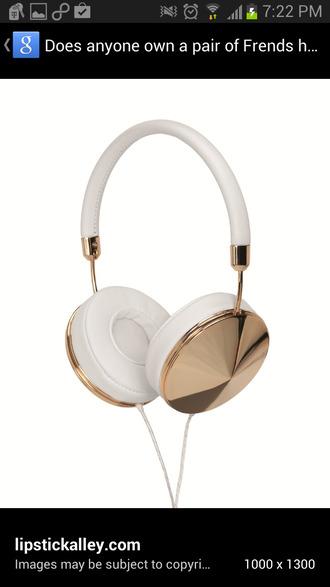 earphones headphones frends technology