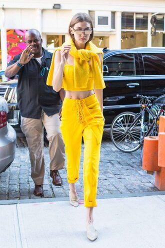 pants top yellow yellow top slippers gigi hadid streetstyle model off-duty sunglasses