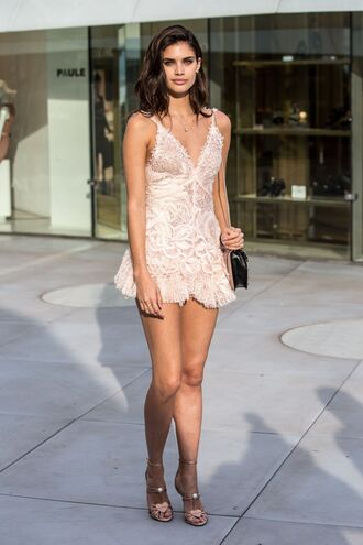 romper lace sandals sara sampaio cannes model