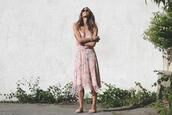 to bruck ave,blogger,dress,shoes,jewels,floral dress,midi dress,summer outfits