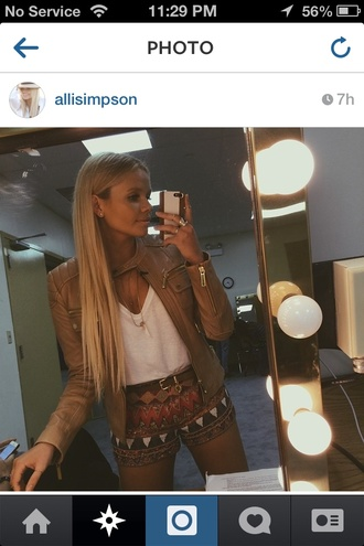 jacket alli simpson style outfit make-up jewels iphone 5 case belt t-shirt phone cover hair