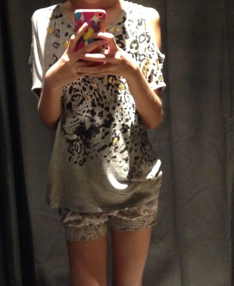 t-shirt edgy tiger print sequined