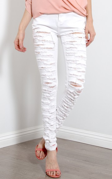 Distressed and Ripped Denim Skinny Jeans | MakeMeChic.com