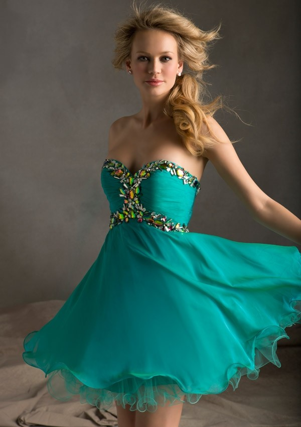 Sweetheart Short Green Beading Chiffon A Line Cocktail/Homecoming Dress Oss0012