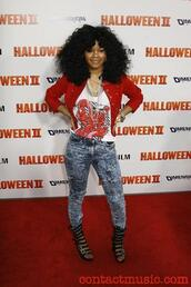 jacket,teyana taylor,red jacket,sexy,swag,girly,t-shirt,shoes,jeans