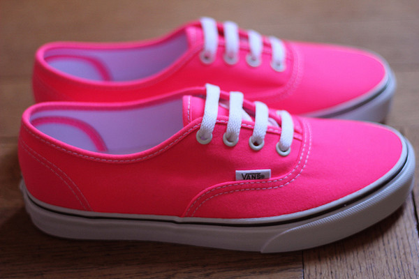 Vans Pink Neon