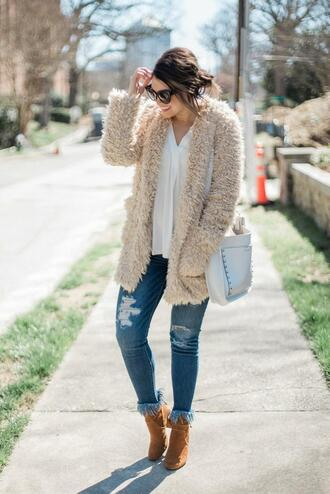 life & messy hair blogger coat top shoes bag ankle boots fuzzy cardigan spring outfits