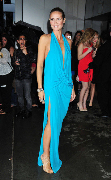 heidi klum dress celebrities blue prom low cut