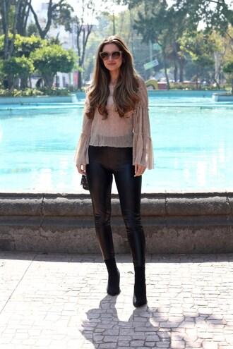 lamariposa blogger blouse pants shoes sunglasses bag