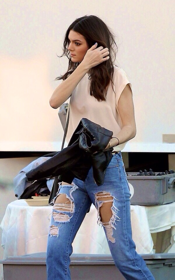 jeans kendall jenner high waisted jeans loose fit jeans light blue distressed high waisted jeans