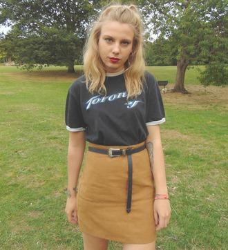 the velvet black grunge blogger t-shirt skirt shoes belt