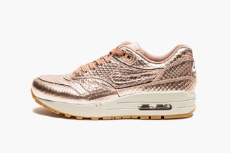 shoes rose gold nike rose gold air max metalic shoes