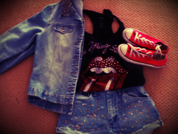 Super cute jean jacket by thehipstersparadise on etsy