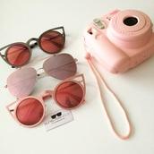 sunglasses,cat eye,sunnies,make-up,fashion,fashion vibe,rose gold,rose,glasses