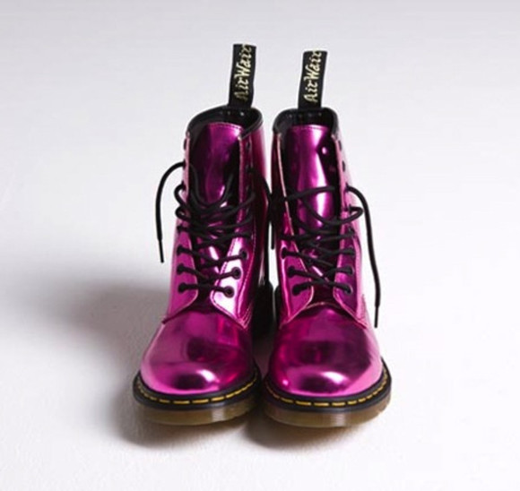 shoes metallic shoes foil doc. martens boots fuschia DrMartens