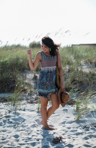 life & messy hair blogger dress shoes bag hat jewels
